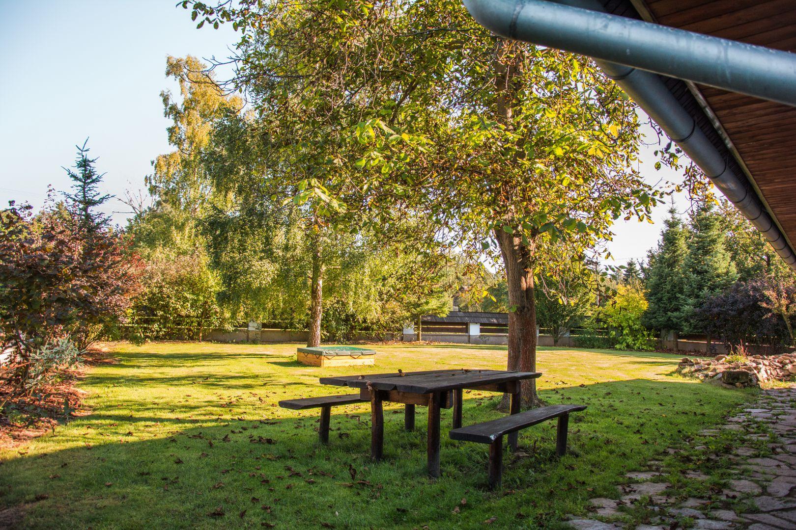 Obrázek 3 - zahrada