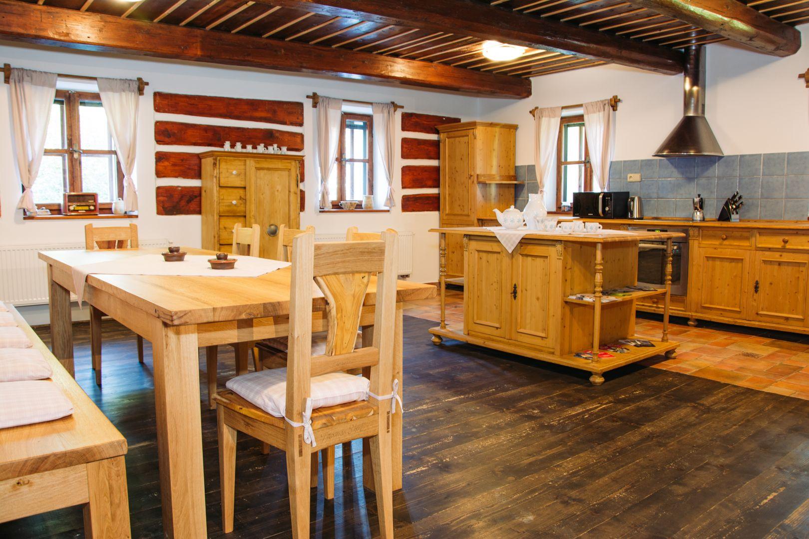 Obrázek 2 - kuchyně